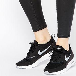 Nike Air Max Thea black sneakers